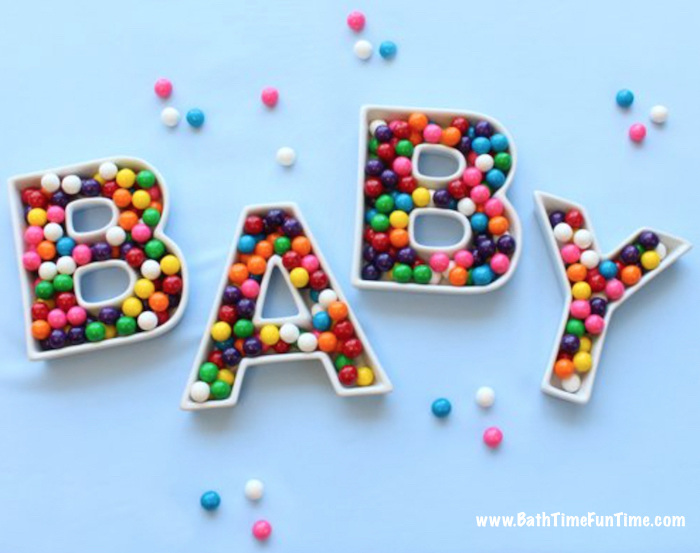 Baby shower decorations: throw an amazing baby shower by getting a few decorations are keepsakes for mom-to-be. You don't need to spend a lot to find thoughtful & memorable baby shower ideas. Your guests & expecting mama will love these baby shower decorations that turn into baby shower gifts. http://www.bathtimefuntime.com/baby-shower-decorations/