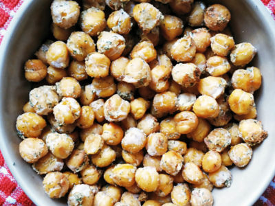 roasted-ranch-chickpeas